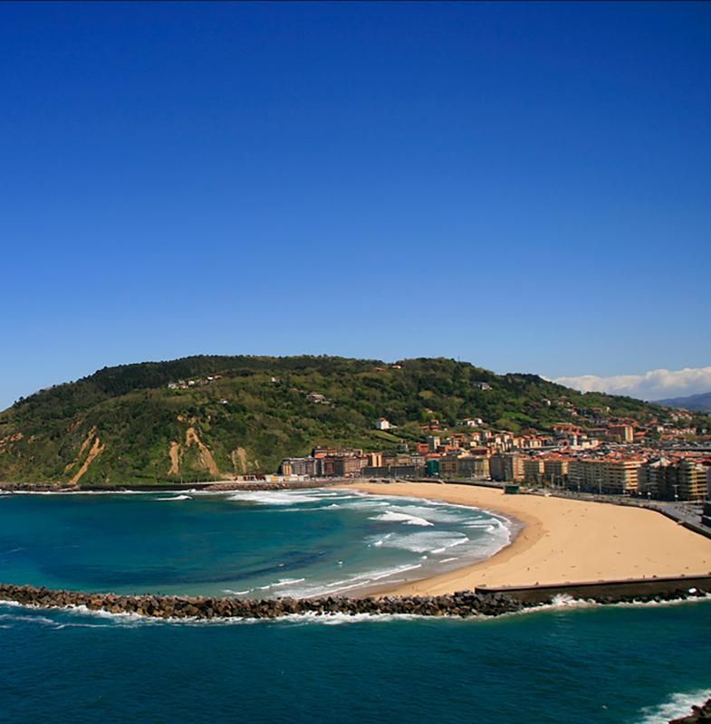 La Zuriola Beach - Donostia San Sebastián